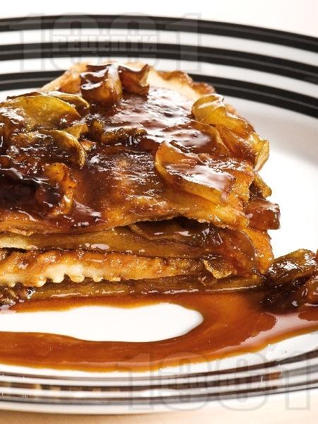 Палачинки с бира и ябълки - снимка на рецептата